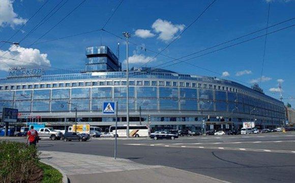 Вид гостиницы Москва снаружи