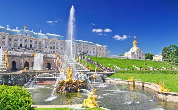 Парки и музеи Петергофа